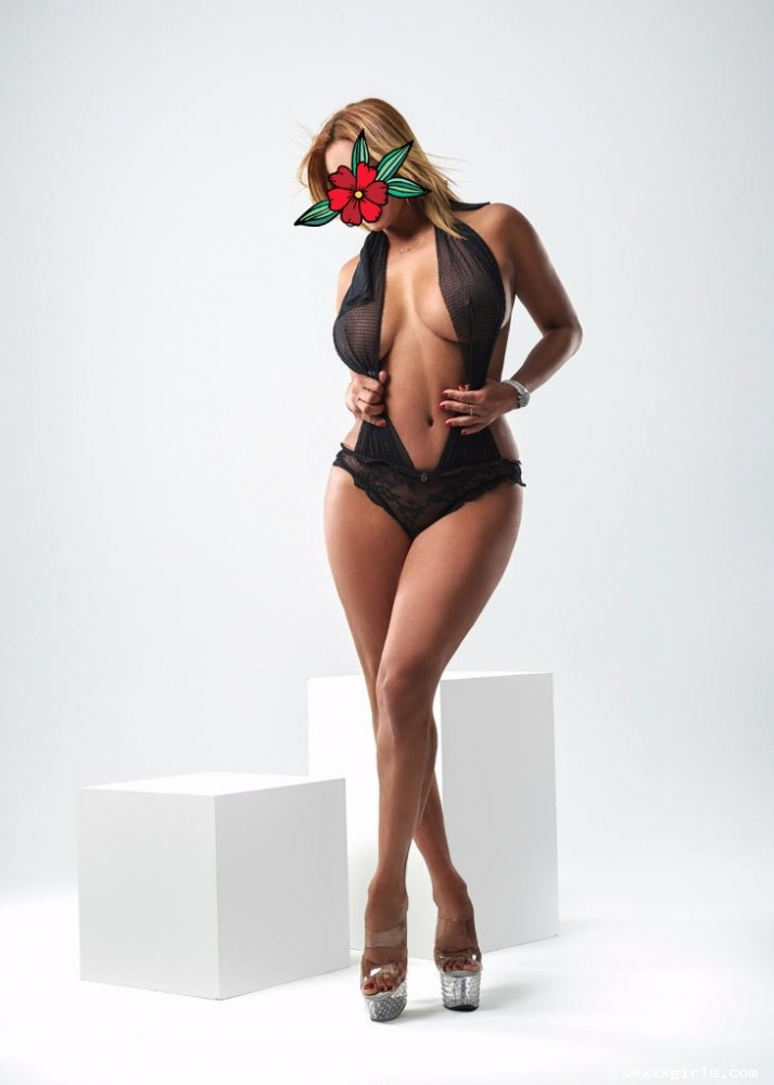 Monica latina