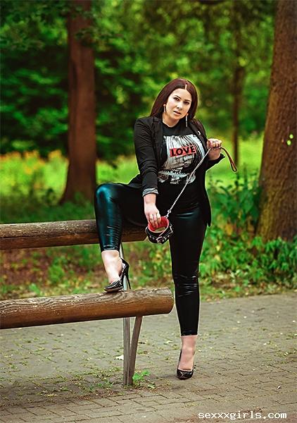 Nela Russland  BDSM und Fetisch